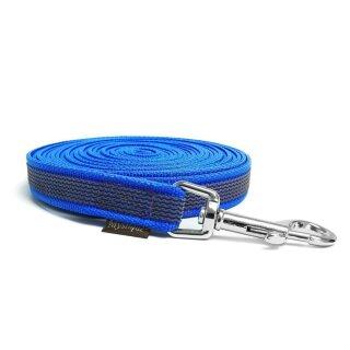 Mystique® Gummierte Schleppleine 20mm mit Handschlaufe Standard Karabiner blau 15m